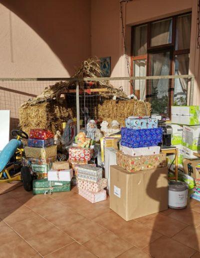Karácsonyi adománygyűjtés a Rákos gyermekekért alapítvánnyal